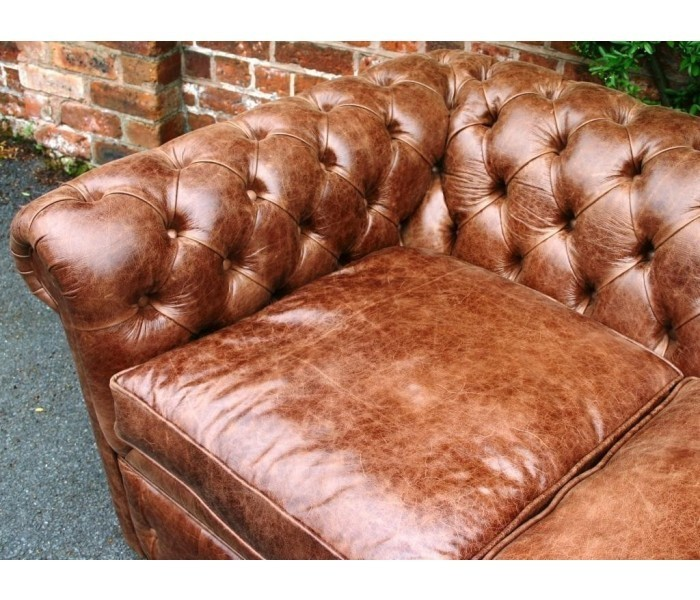 Chesterfield sofa 1