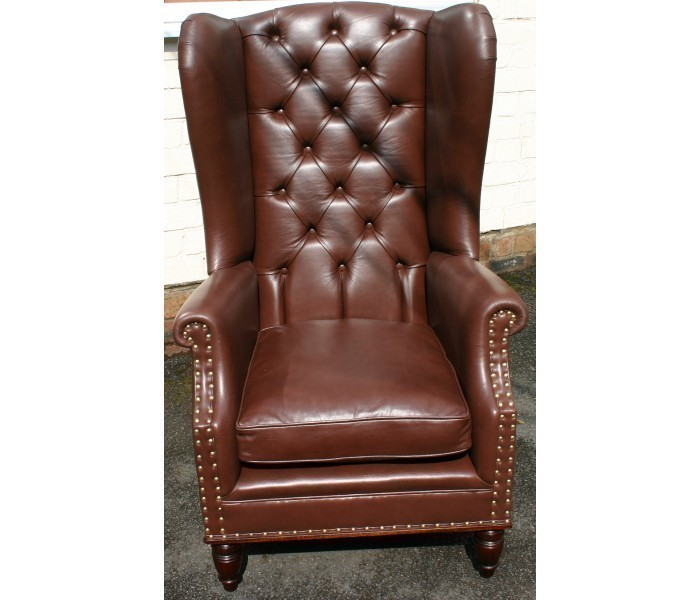 LAC04Y Peel Back button chair 3