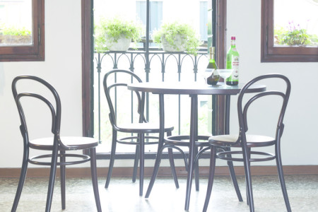 10 Benefits of Investing in Traditional Bentwood Furniture