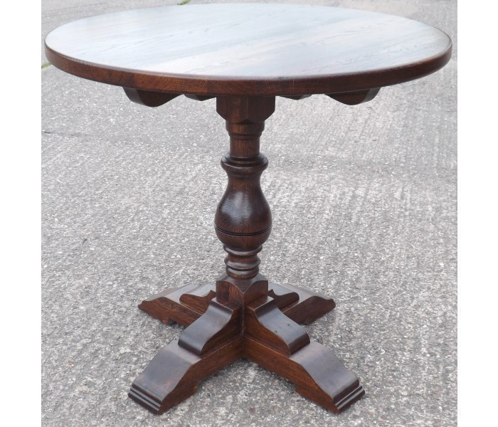 Stafford single pedestal table 3